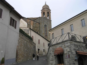 Il campanile della chiesa di Sant'Agostino, Montalcino, Siena. Author and Copyright Marco Ramerini,