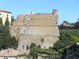 La Rocca degli Orsini, Sorano, Grosseto.. Author and Copyright Marco Ramerini