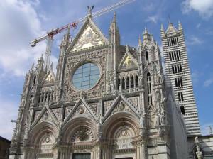 La facciata del Duomo, Siena. Author and Copyright Marco Ramerini