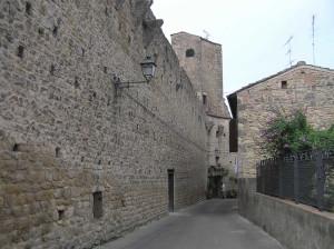 Mura di Staggia Senese, Poggibonsi, Siena. Author and Copyright Marco Ramerini.