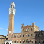 Palazzo Pubblico, Piazza del Campo, Sienne. Auteur et Copyright Marco Ramerini