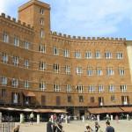 Piazza del Campo, Sienne. Auteur et Copyright Marco Ramerini