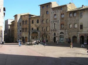Piazza della Cisterna, San Gimignano, Siena. Author and Copyright Marco Ramerini..