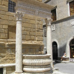 Pozzo del Rossellino, Pienza, Val d'Orcia, Sienne. Auteur et Copyright Marco Ramerini