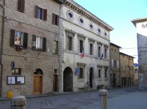 Una via di Radicondoli, Siena. Author and Copyright Marco Ramerini