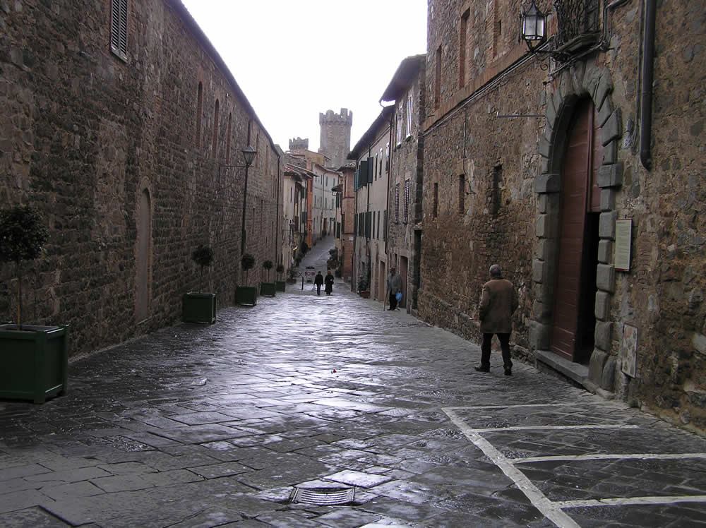 Via Ricasoli, Montalcino, Siena. Author and Copyright Marco Ramerini