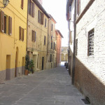 Rue caractéristique de Chiusi, Sienne. Auteur et Copyright Marco Ramerini
