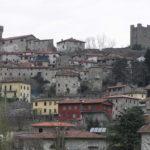 Il borgo di Ghivizzano, Coreglia Antelminelli, Lucca. Author and Copyright Marco Ramerini