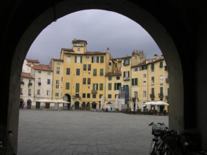 La Piazza dell'Anfiteatro, Lucca. Author and Copyright Marco Ramerini