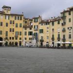 La Piazza dell'Anfiteatro, Lucca.. Author and Copyright Marco Ramerini