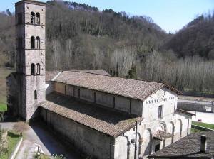 La Pieve di Loppia, Barga, Lucca. Author and Copyright Marco Ramerini