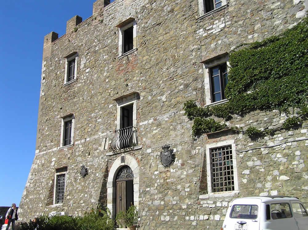 La Rocca Aldobrandesca, Manciano, Grosseto,. Author and Copyright Marco Ramerini