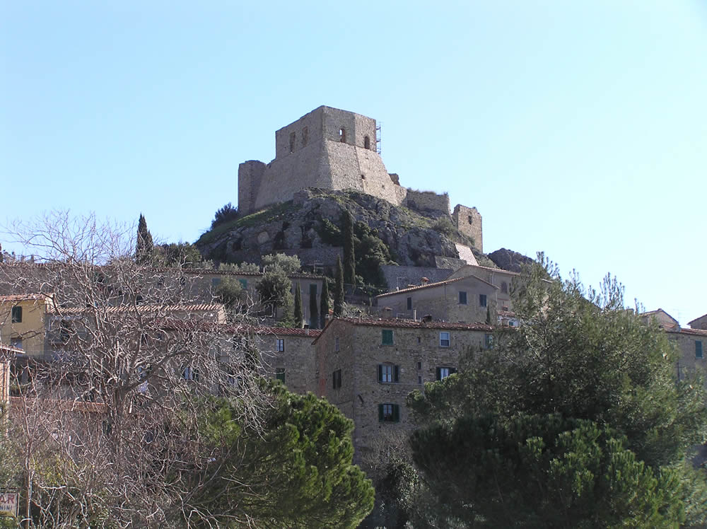 La Rocca, Montemassi, Roccastrada, Grosseto.. Author and Copyright Marco Ramerini