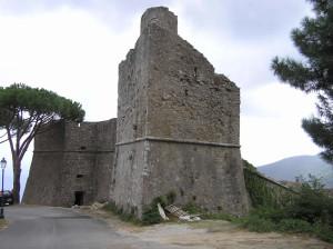 La forteresse pisane, Marciana, Île d'Elbe, Livourne. Auteur et Copyright Marco Ramerini