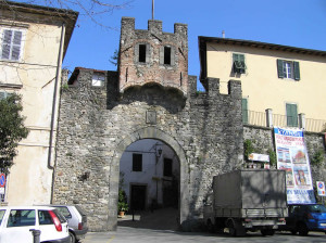 Porta Mancianella o Porta Reale, Barga, Lucca. Author and Copyright Marco Ramerini