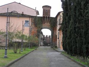 Porta Pesciatina o Porta Mariani, Altopascio, Lucca. Author and Copyright Marco Ramerini.