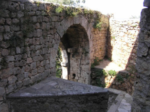 Porta San Bernardino (interno), Massa Marittima, Grosseto. Author and Copyright Marco Ramerini