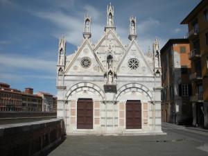 Santa Maria della Spina, Pisa. Author and Copyright Nello e Nadia Lubrina