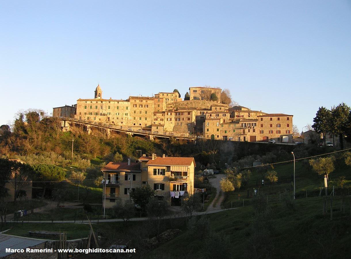 Pari, Civitella Paganico, Grosseto. Autore e Copyright Marco Ramerini.