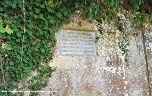 Antica targa dell'acquedotto di Tavarnelle Val di Pesa. Autore e Copyright Marco Ramerini