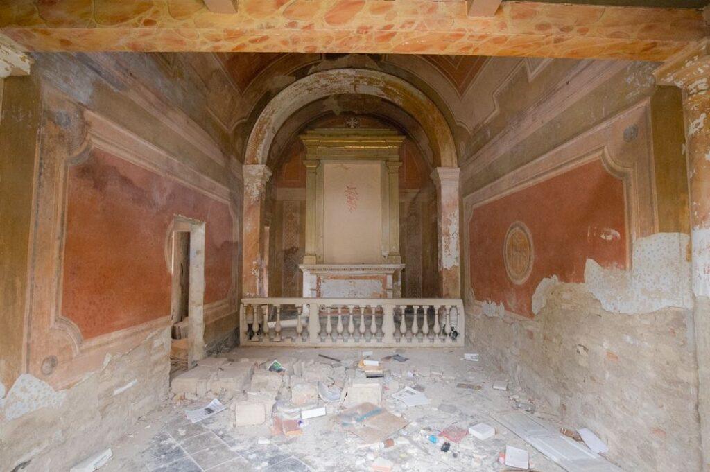 La cappella affrescata della villa di Paolo del Pozzo Toscanelli, Certaldo. Autore e Copyright Marco Ramerini