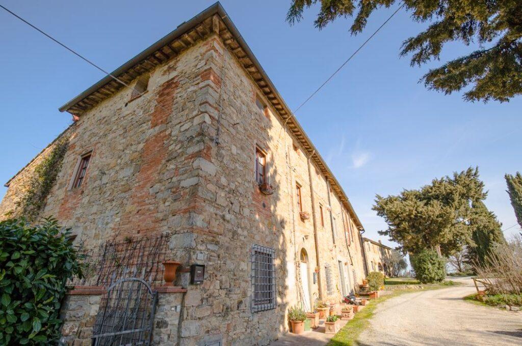 I due edifici del Podere Primo di Ponzano, San Filippo a Ponzano (Foto: Marco Ramerini)