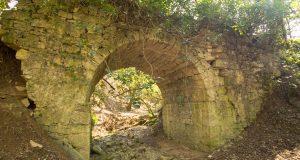 Il ponte vicino alla chiesa di San Silvestro. Autore e Copyright Marco Ramerini